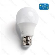 Led žiarovka so senzorom E27 8W studená biela bez pohybového senzora