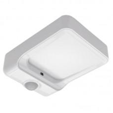 LED nočné svietidlo so senzorom pohybu